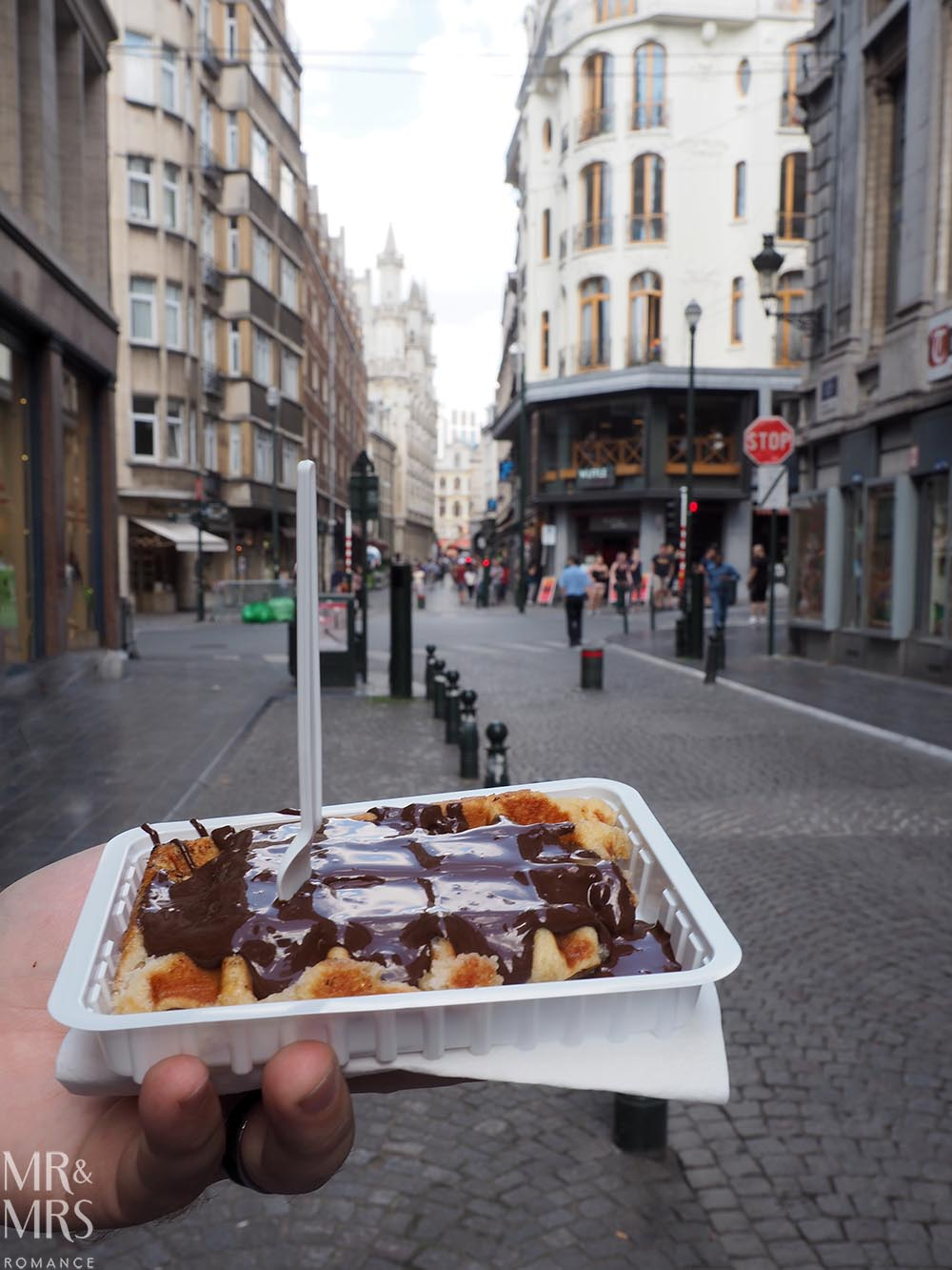 Brussels in 24 hours waffles - travel guide - MMR