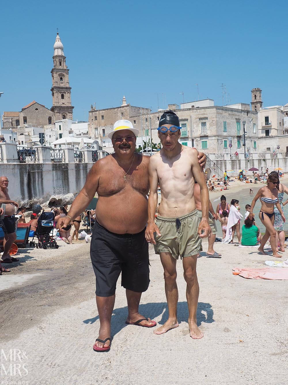Street photography - how to photograph people - Puglia, Italy - MMR