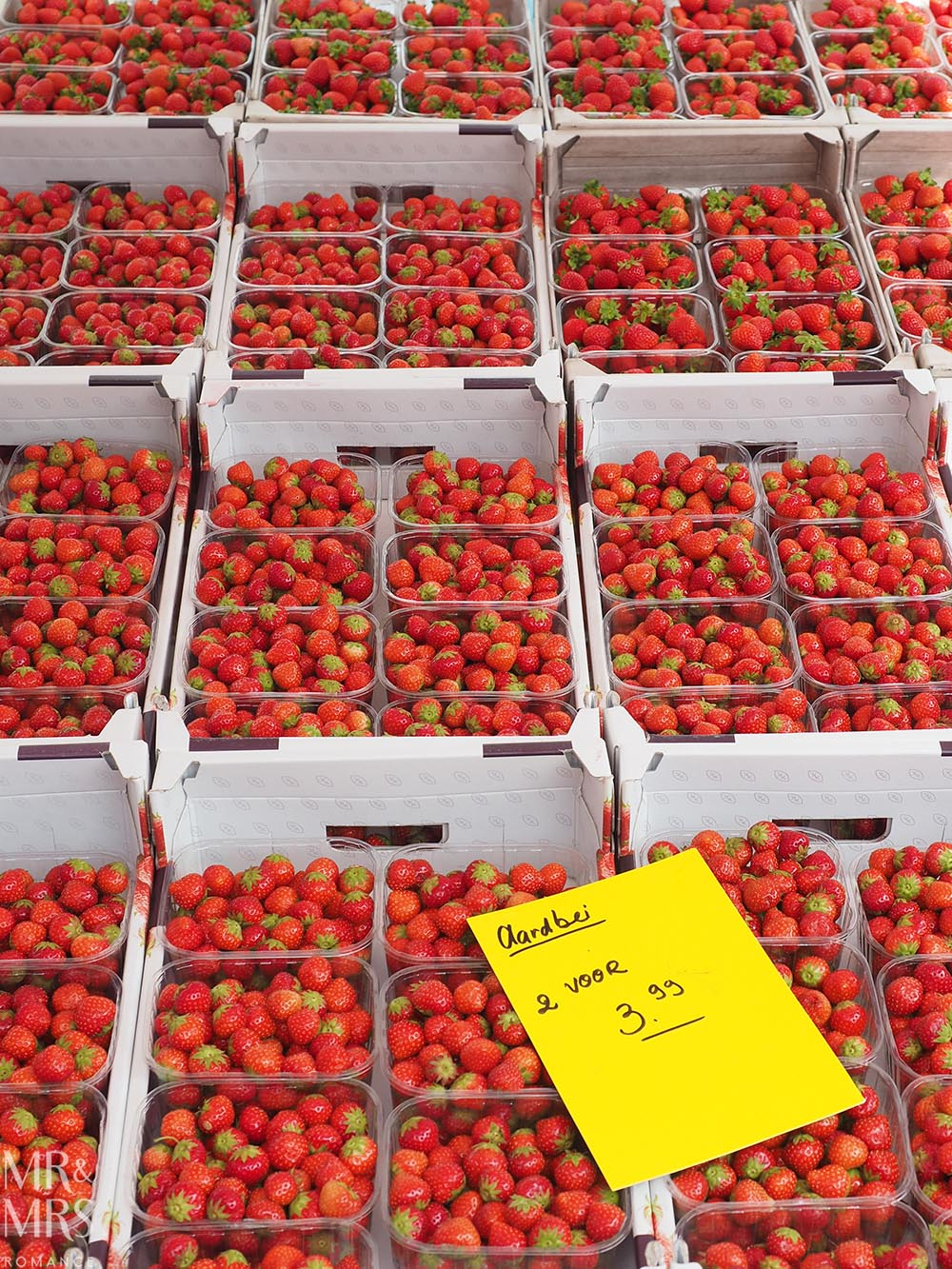 Visit Rotterdam travel guide - MMR - strawberries
