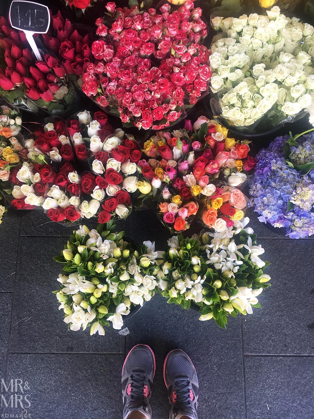 Flowers and feet #bloglyf