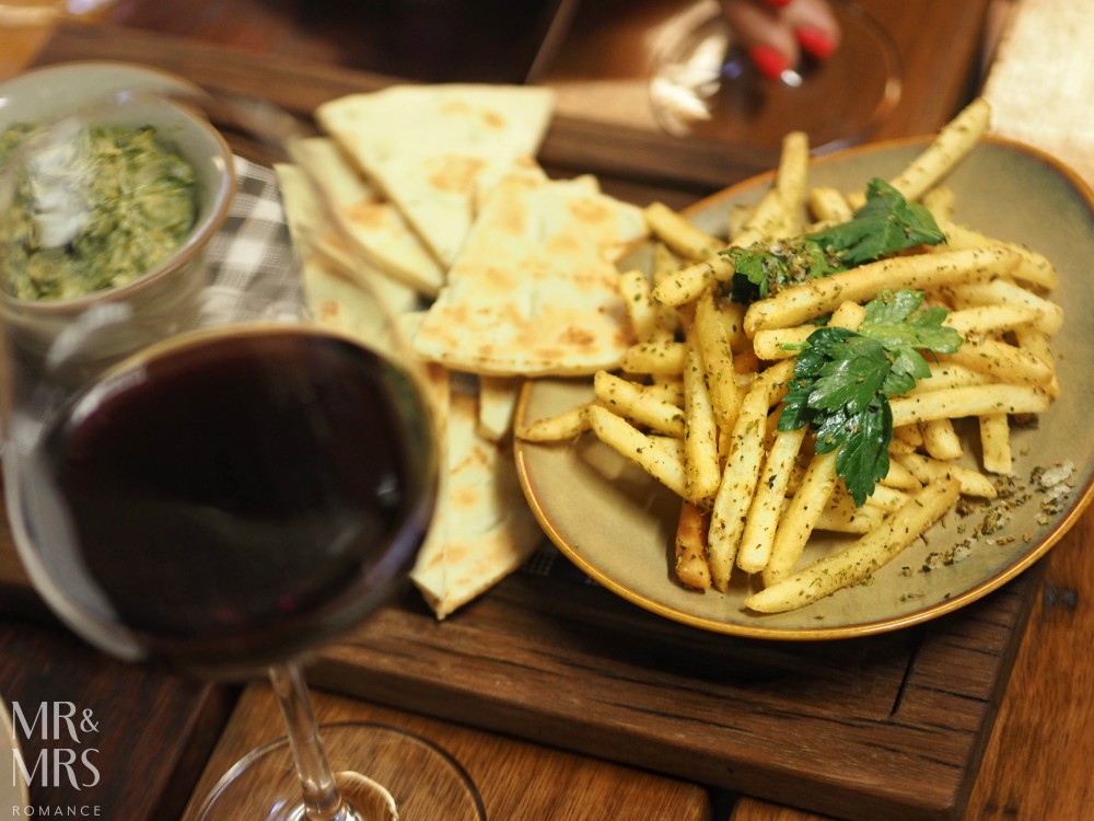 Sydney wine bar Glebe - Timbah food
