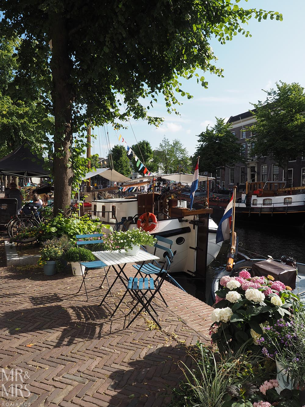 birthplace of gin Schiedam canals