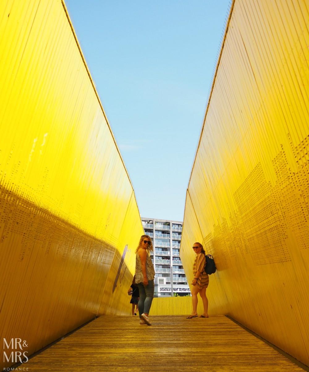 Photographer's guide to Rotterdam - yellow walkway