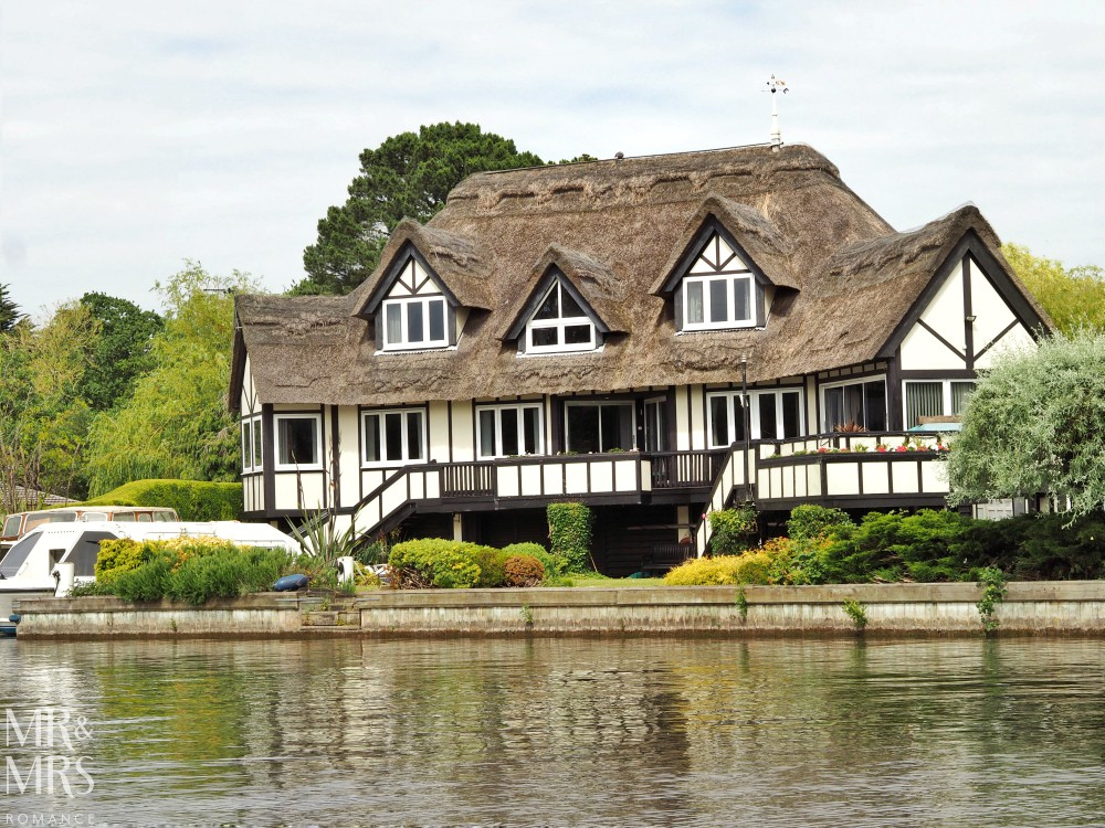 Boating holidays England - Norfolk Broads boat hire. Tudor house