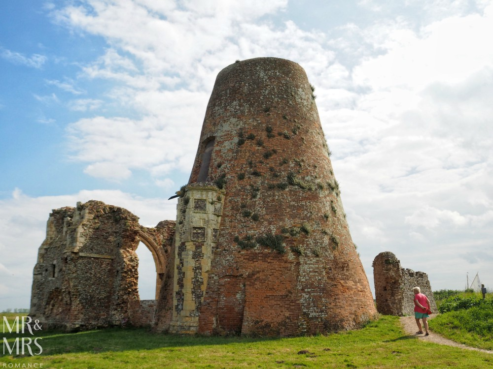 Boating holidays England - Norfolk Broads boat hire. St Benets Abbey