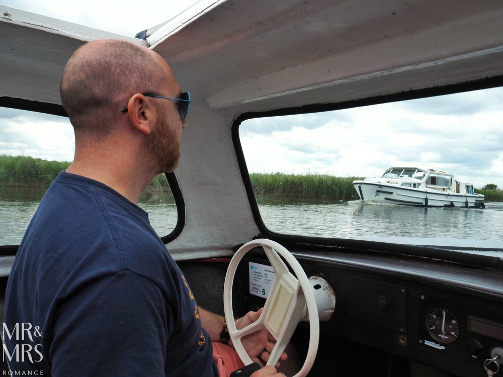 Boating holidays England - Norfolk Broads boat hire skipper