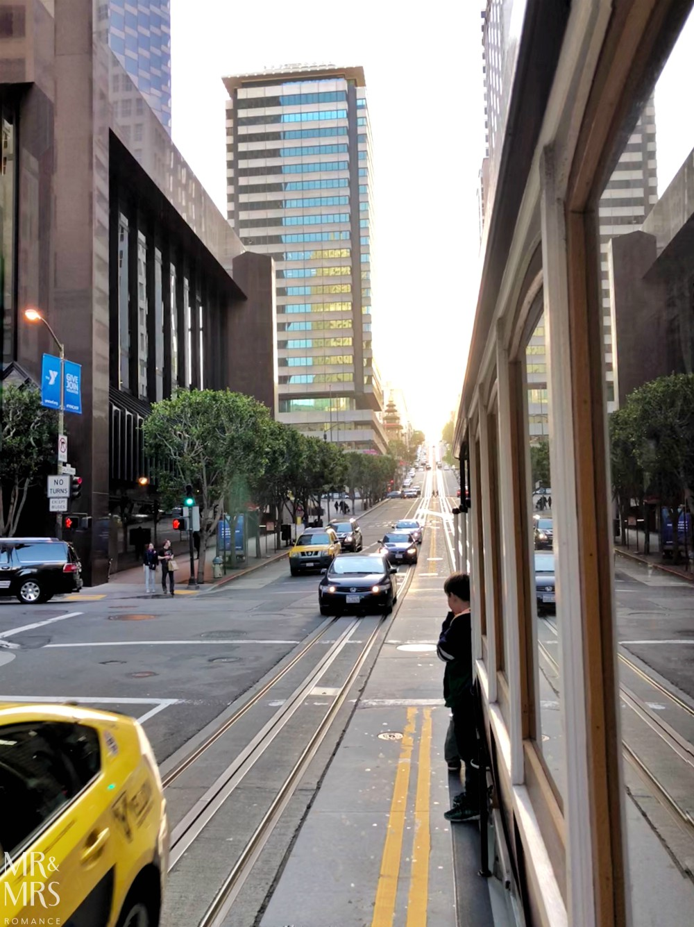 San Francisco streetcar California Line - streetview