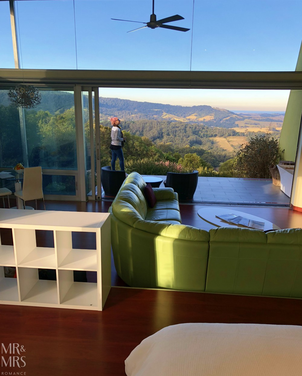 How to come home after a long journey - Mr & Mrs Romance - Mount Hay Retreat, Berry