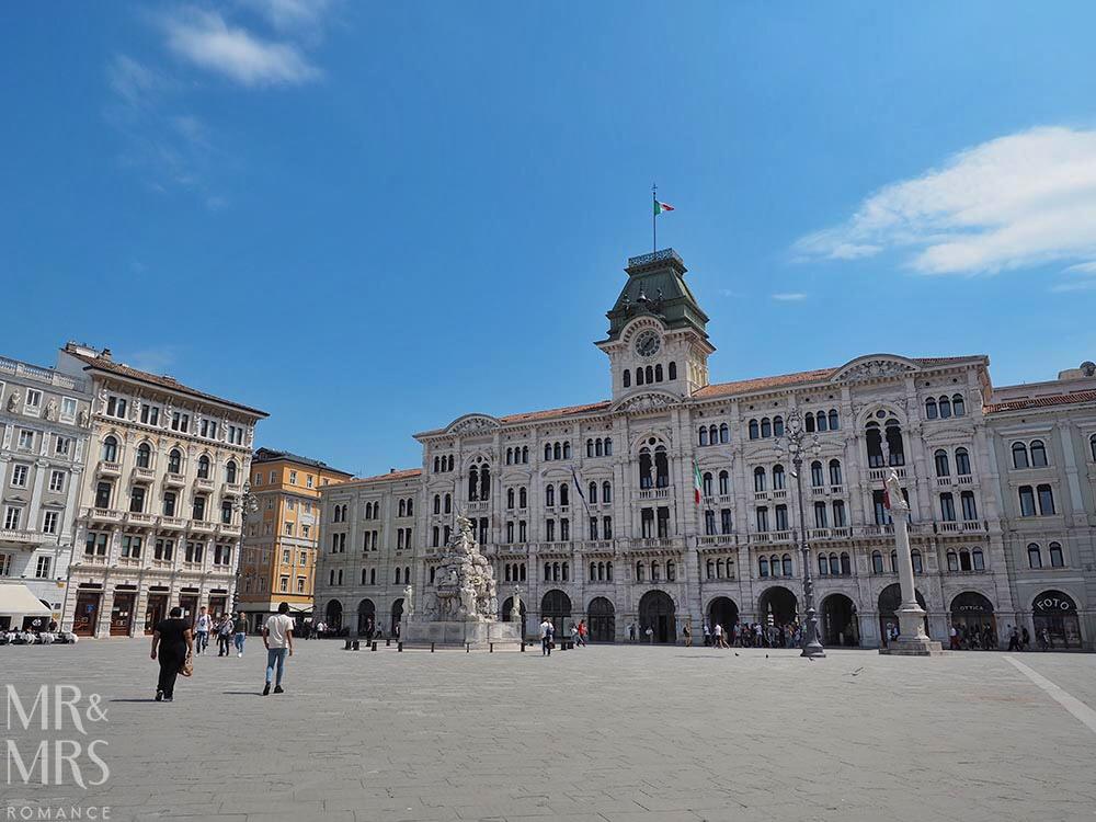Trieste guide - Piazza Unita d'Italia