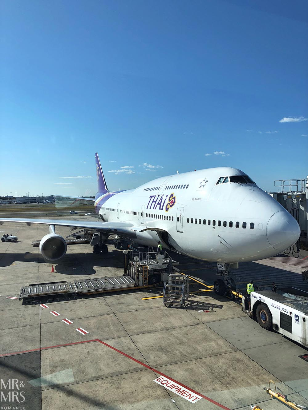 Thai Airways Sydney Airport - Weekly Edition - Mr & Mrs Romance