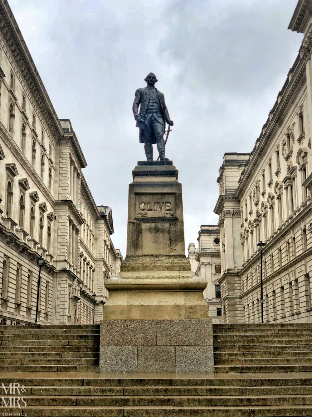 London in the rain - Robert Clive Memorial
