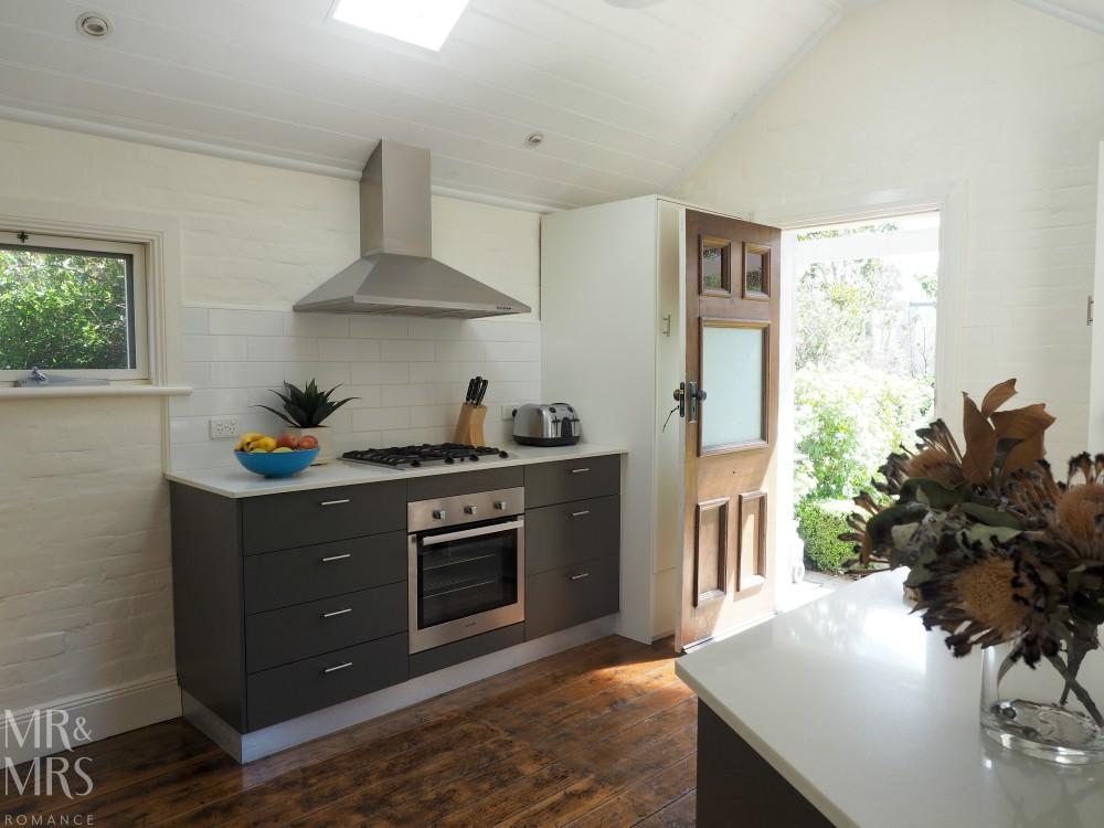 Orange Wine Festival - Cottage 79 kitchen
