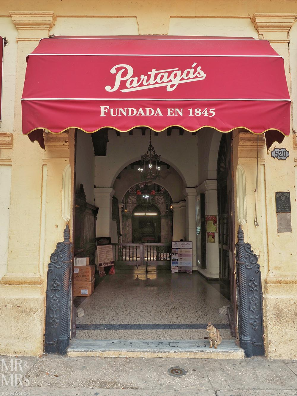 Cuban cigar factory tour Havana Partagas shop