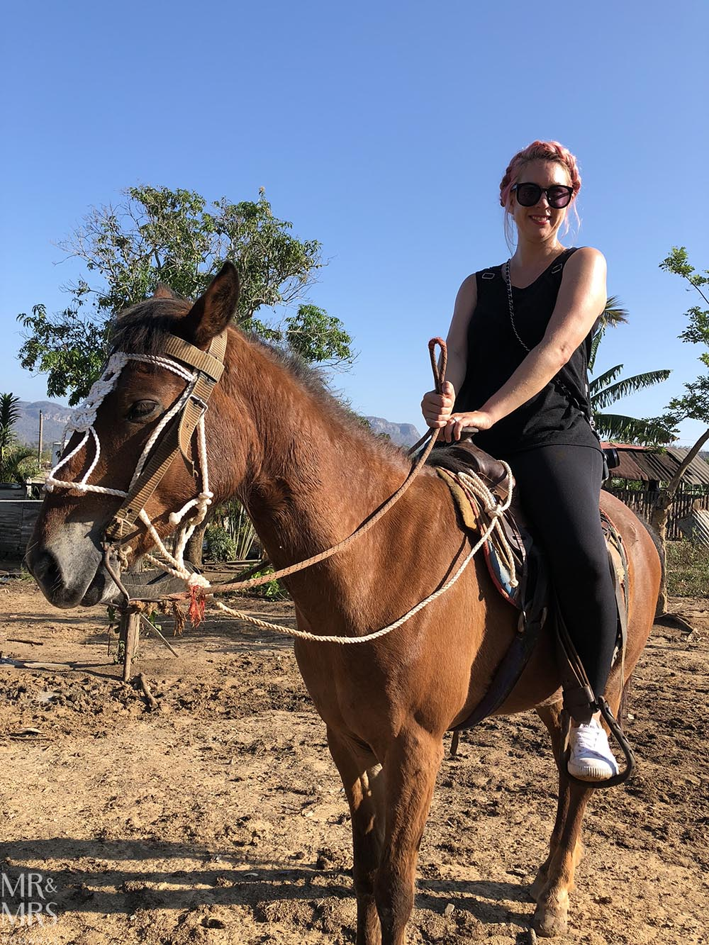 Horse riding in Cuba - Vinales - Christina