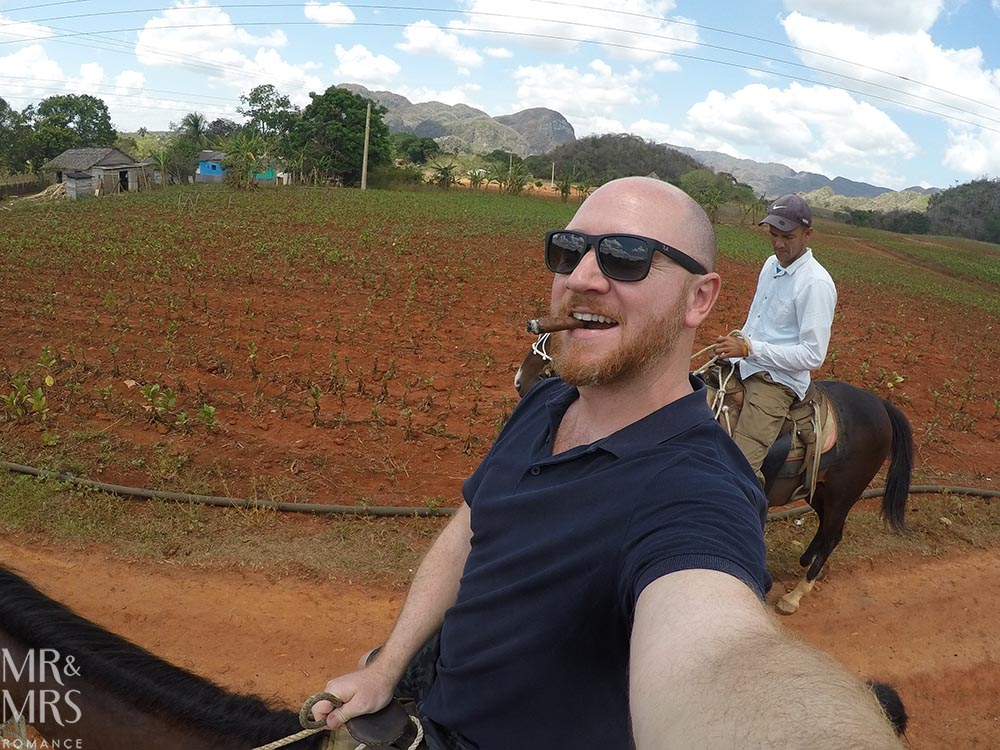 Horse riding in Cuba - Vinales - smoking and riding