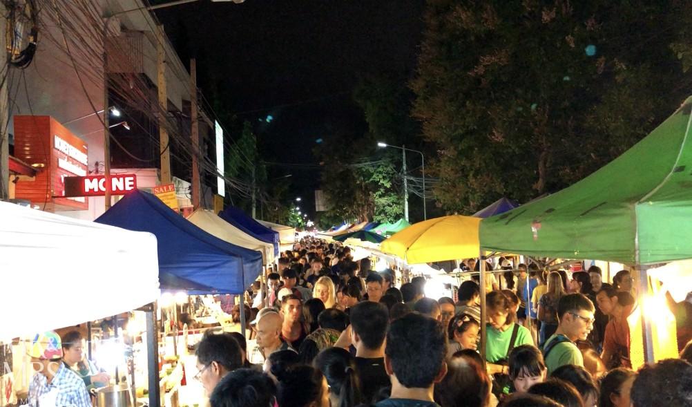 Visit Chiang Mai - Walking Street