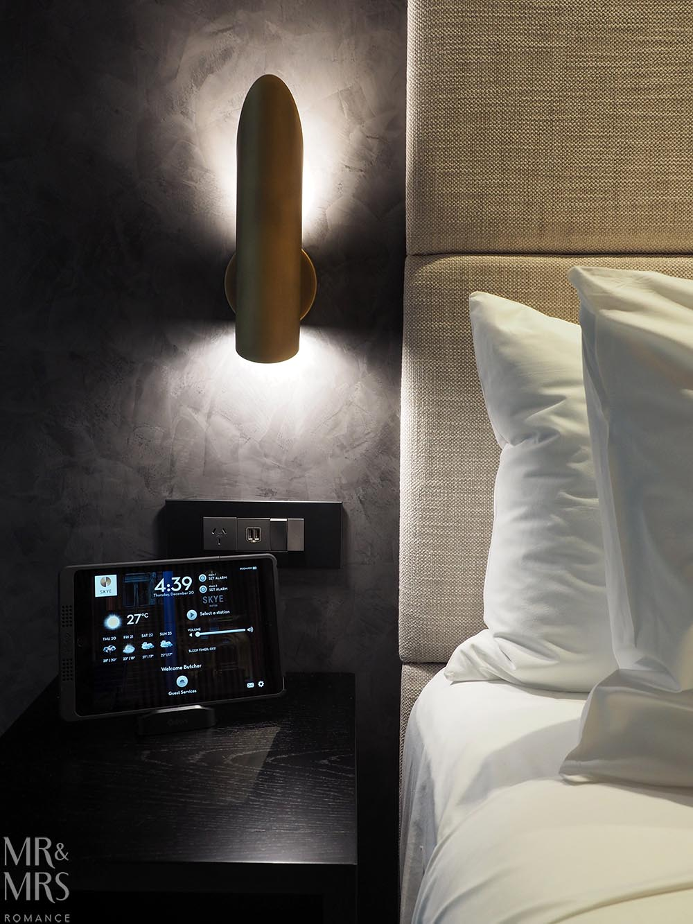 Skye Suites Sydney Kent Street bedroom