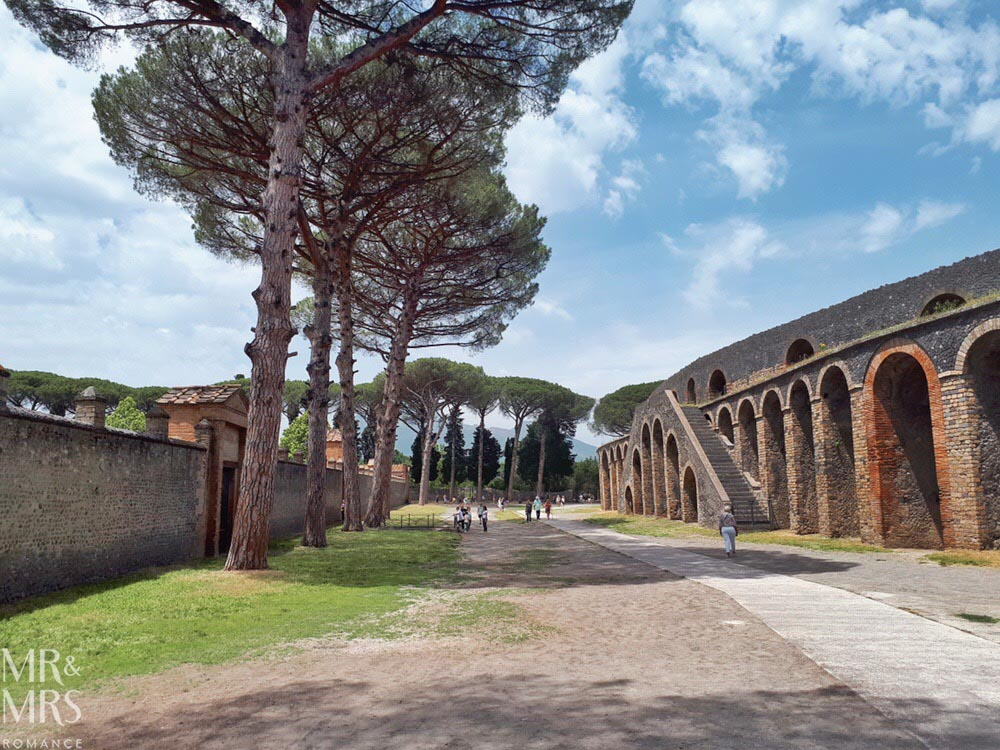 10 things you must see in Pompeii - Amphitheatre