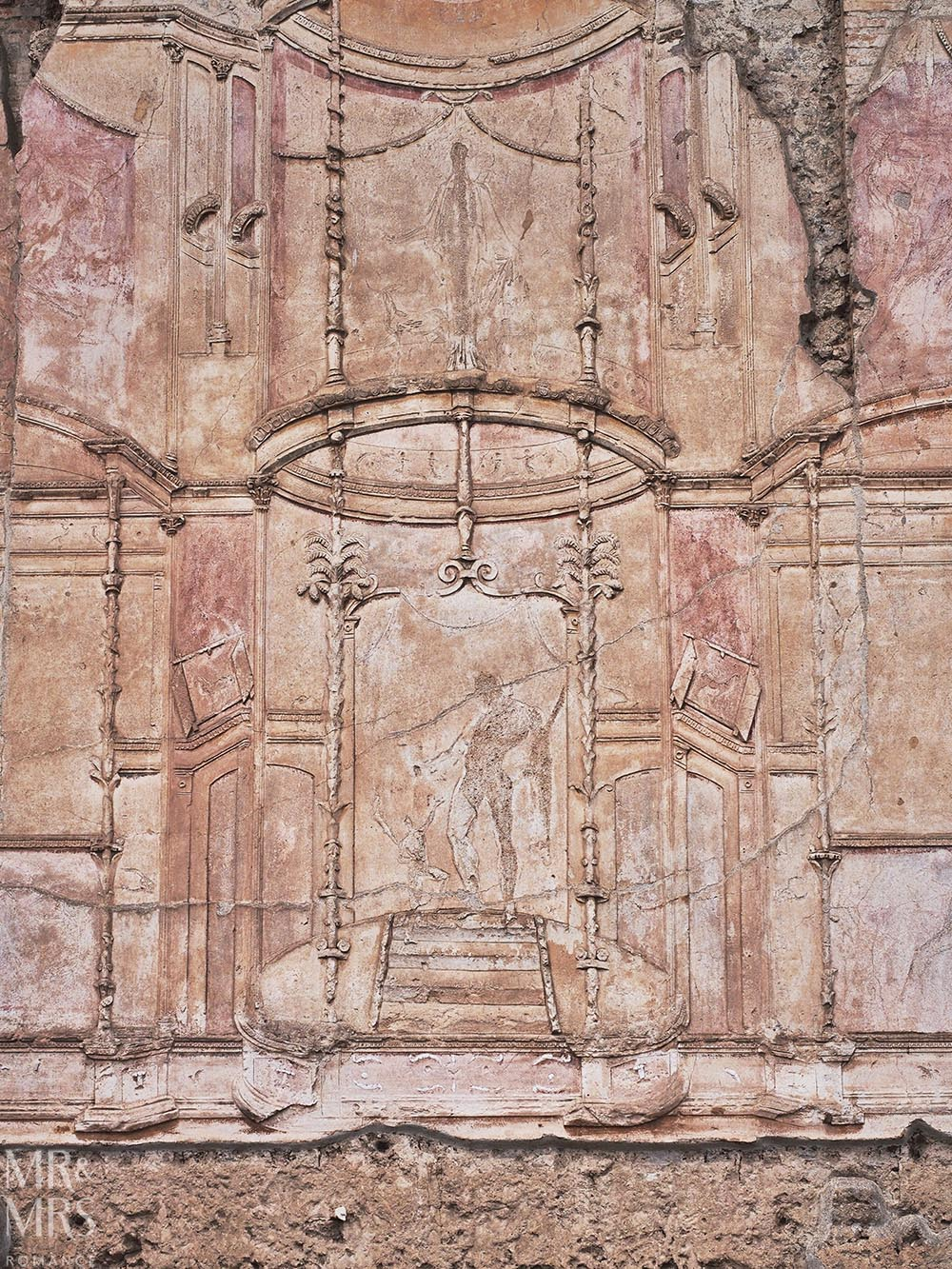 Pompeii DIY tour - how to get the most out of Pompeii - fresco
