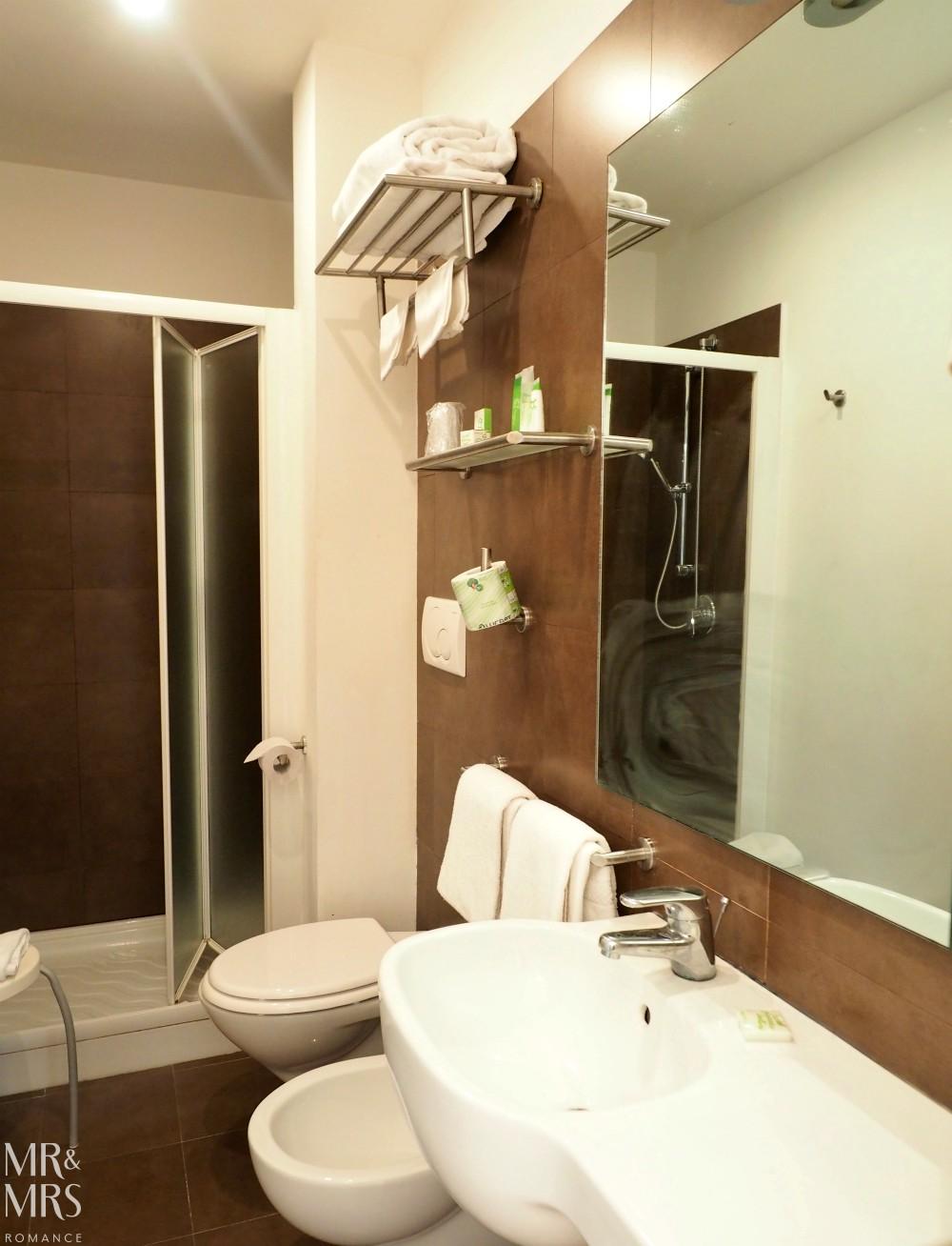 Hotel Piazza Bellini - bathroom
