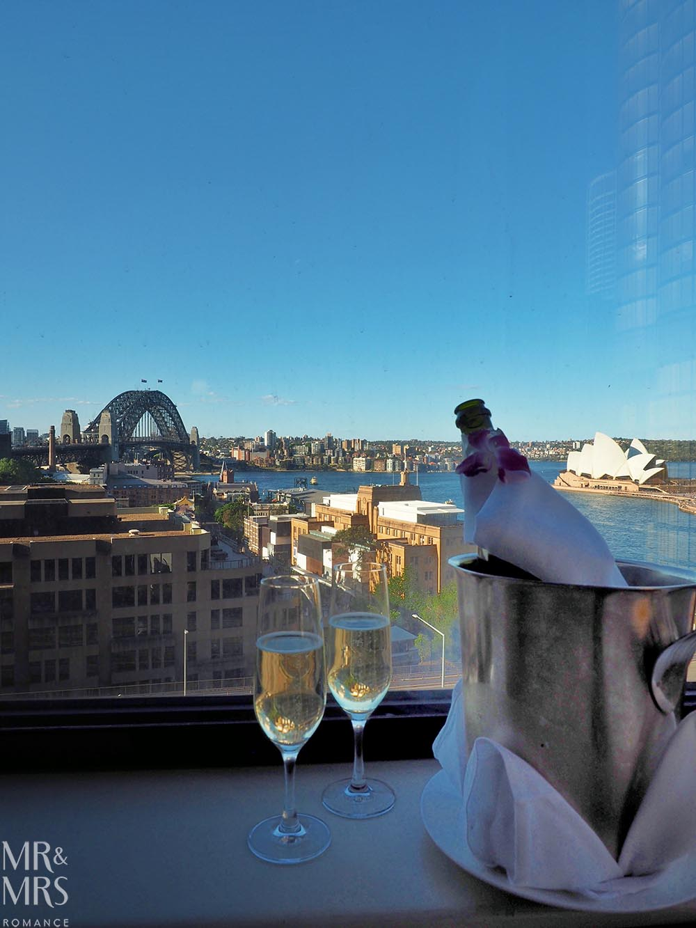 Romantic Sydney hotels - Hotels.com x Mr & Mrs Romance - Four Seasons Sydney view