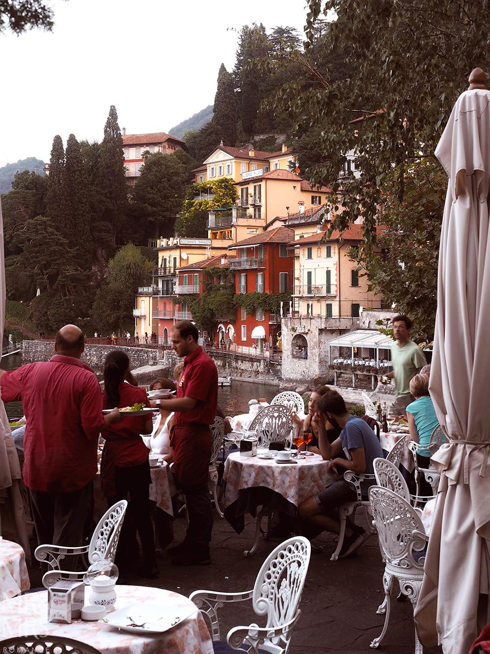 Il Molo Restaurant with a view of Lake Como in Varenna