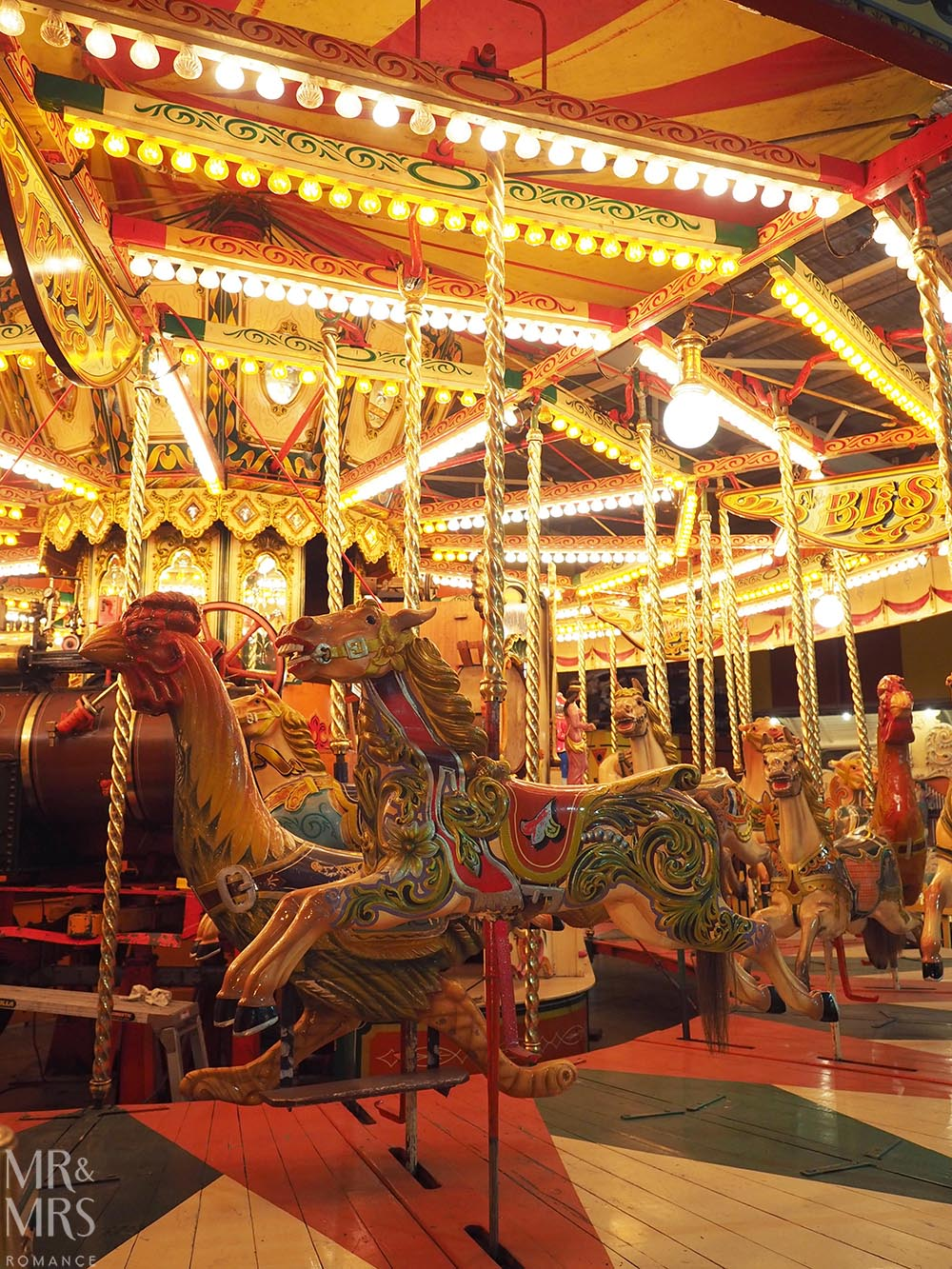 Pie Time Southern Highlands NSW - Fairground Follies carousel