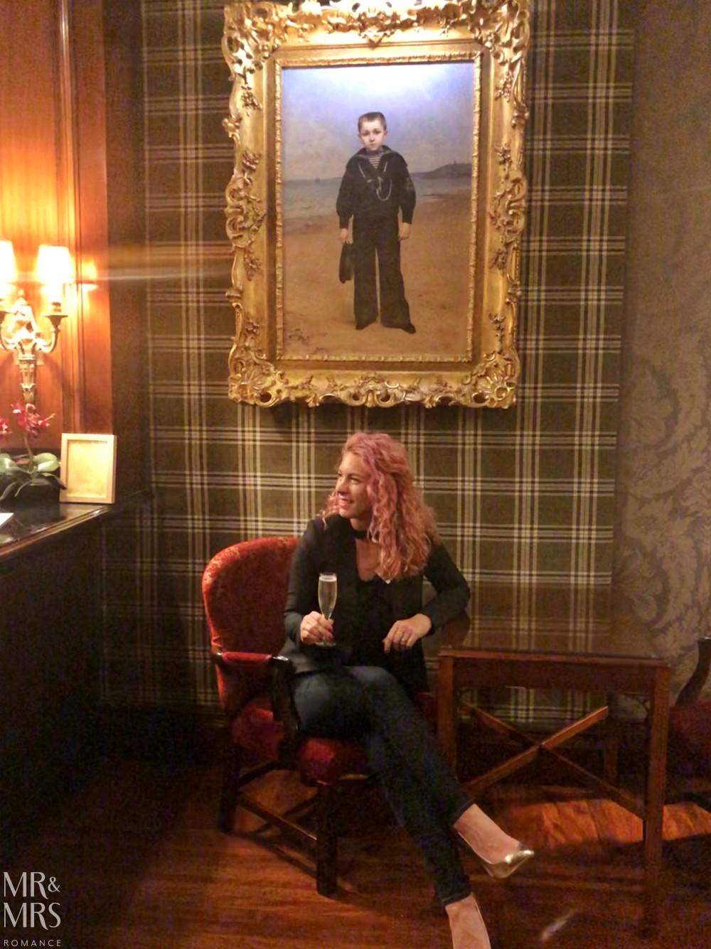 Sir Stamford Hotel - Highlander Bar