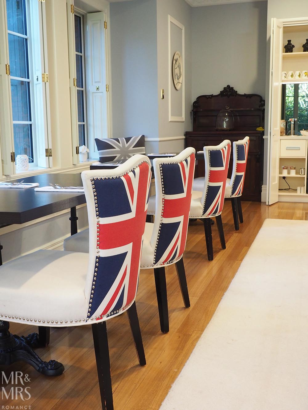 Henley Hotel - dining room Union Jack chairs