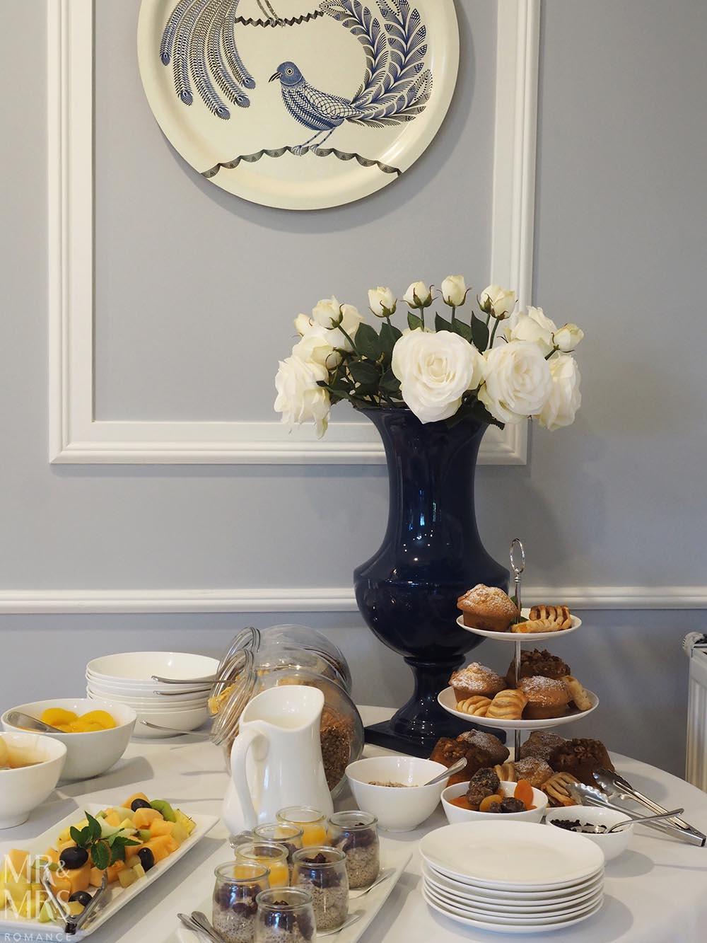 Henley Hotel - continental breakfast buffet