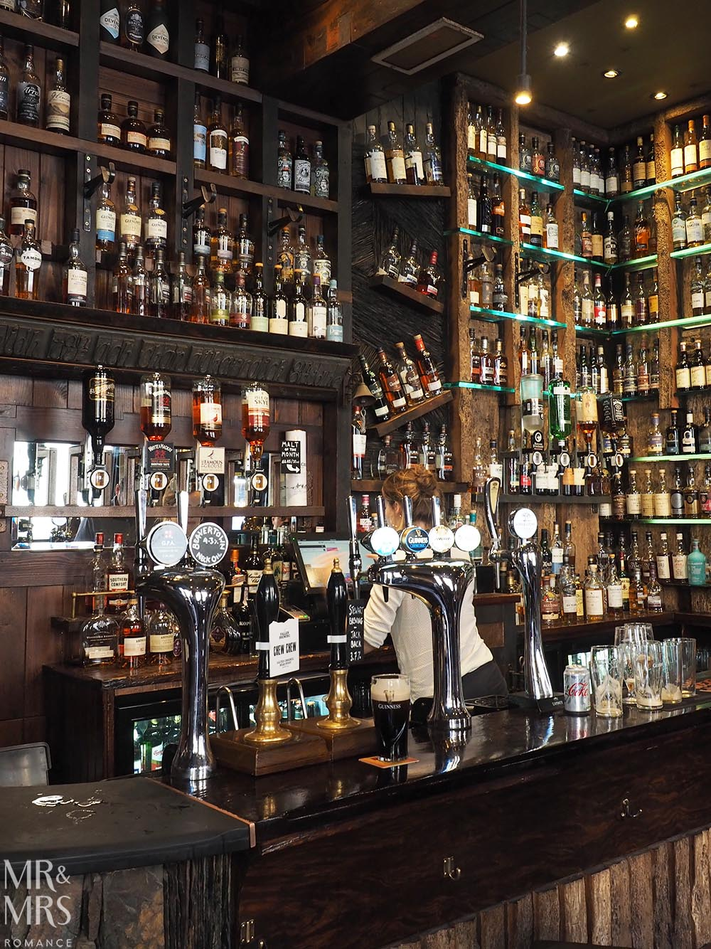 Whisky bars in Glasgow - Ben Nevis Bar