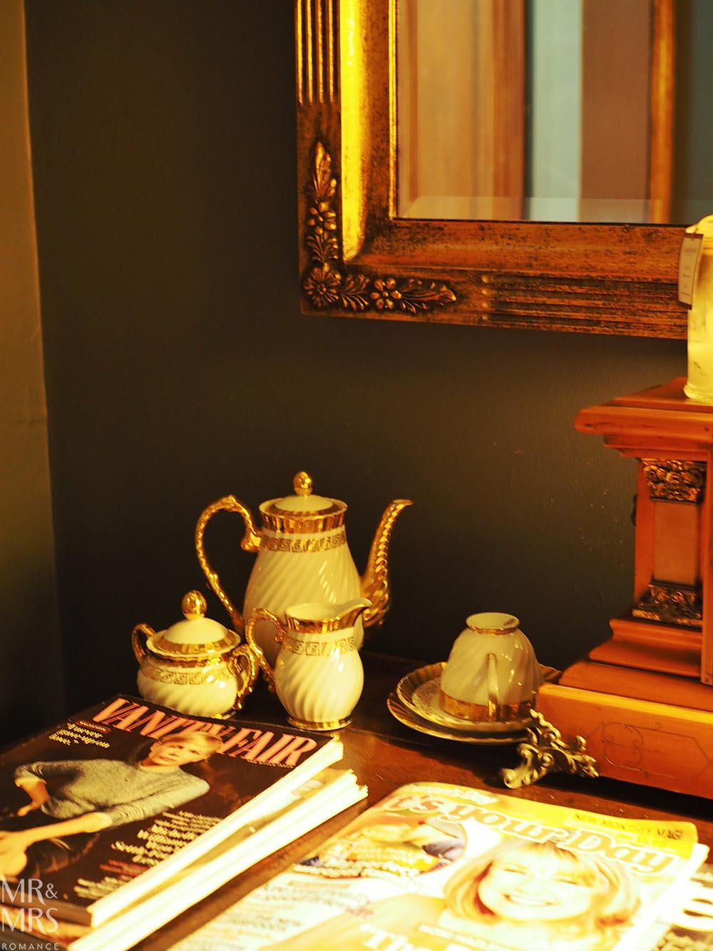 Where to stay in the Hunter Region, NSW - The Bronte Boutique Hotel, Morpeth - sidetable
