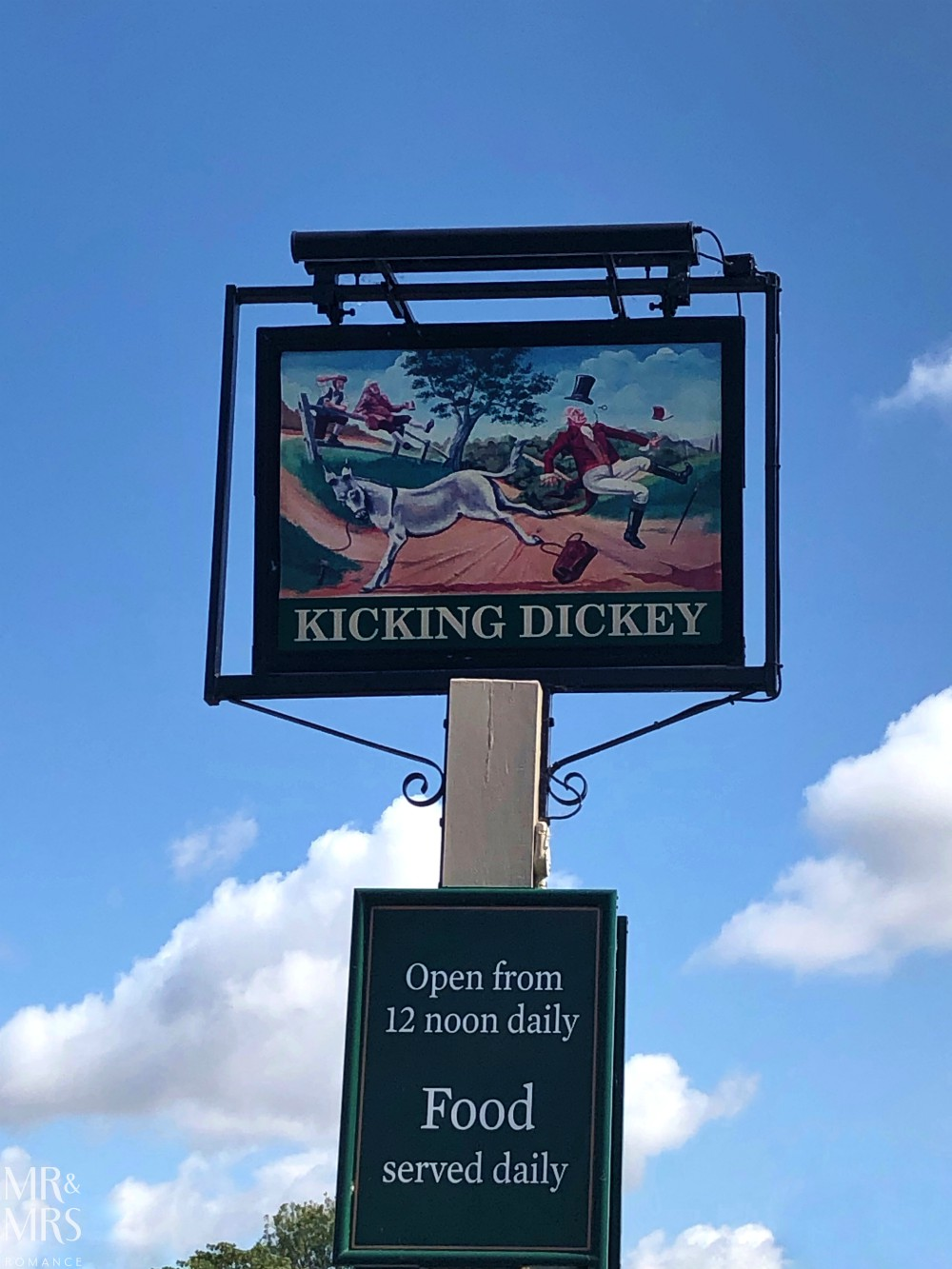 Great Dunmow Flitch Trials - The Kicking Dickey