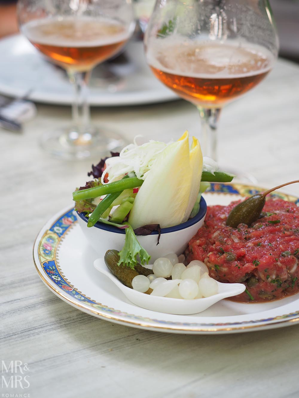 Where to eat in Bruges, Belgium - steak tartare