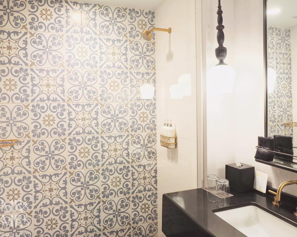 Where to stay in Chicago - Kimpton Gray Hotel Review Chicago - bathroom