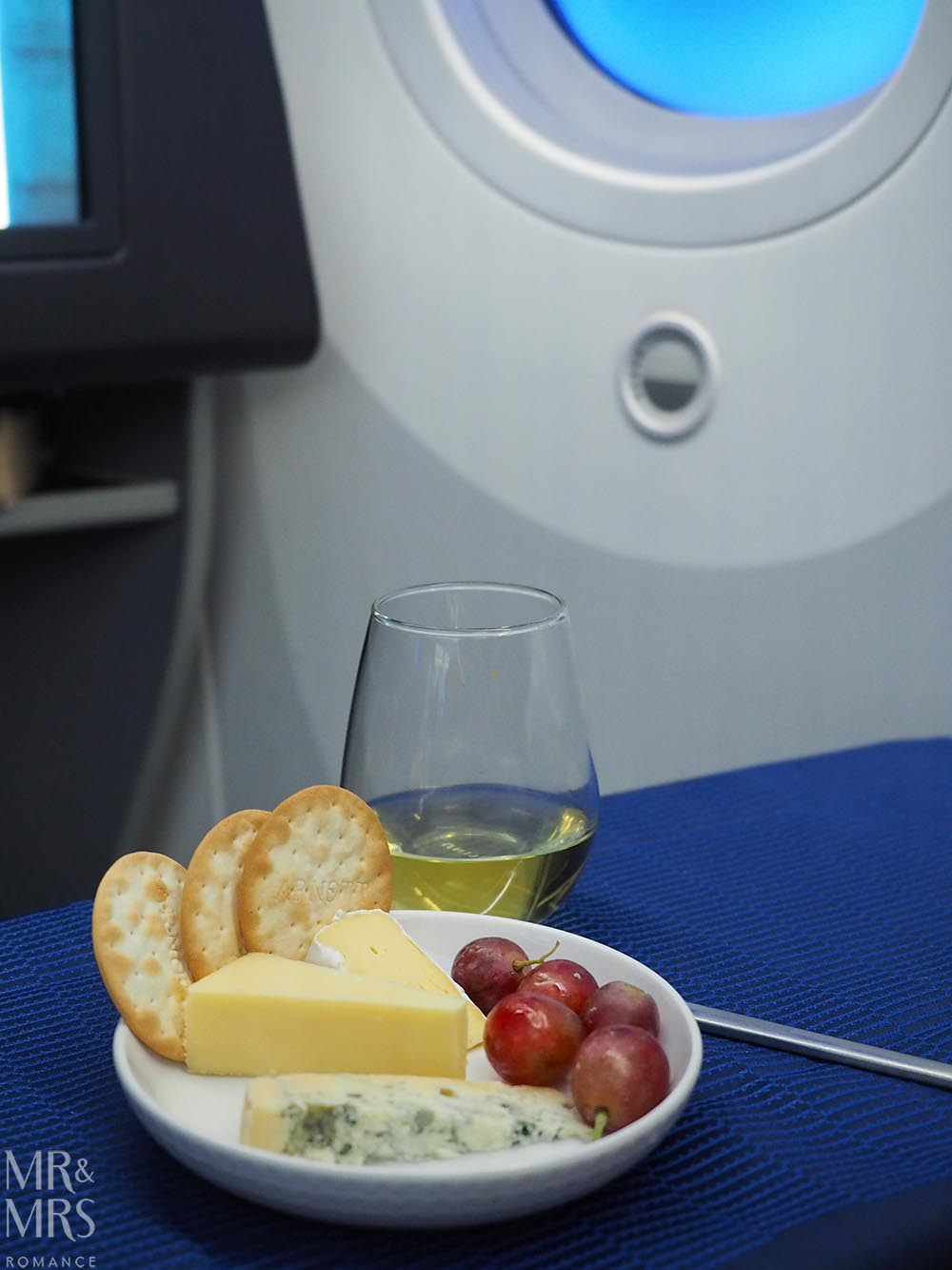 United Airlines business class United Polaris review - cheese plate