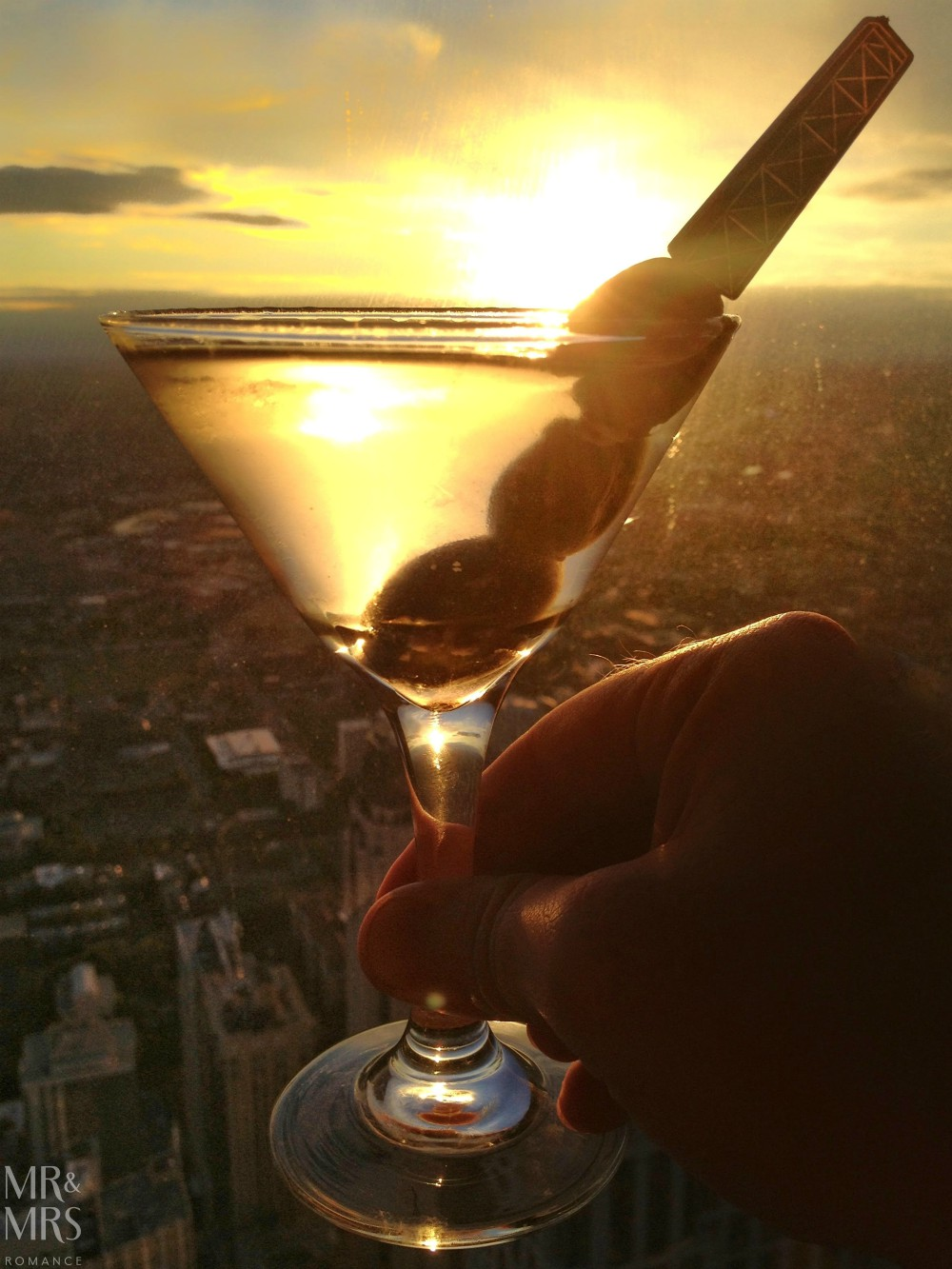 Chicago essential guide - Hancock Tower martini