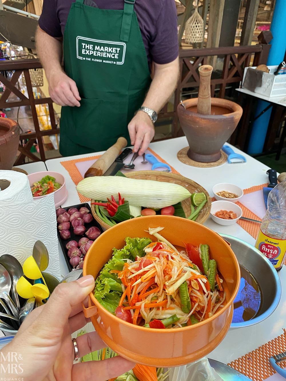 Bangkok Flower Market - Market Experience cooking lesson papaya salad