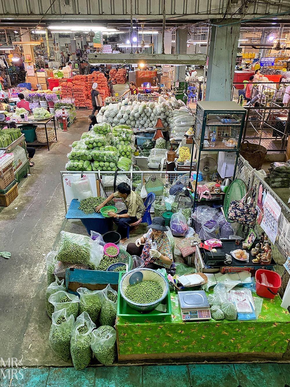 Bangkok Flower Market - fresh produce market