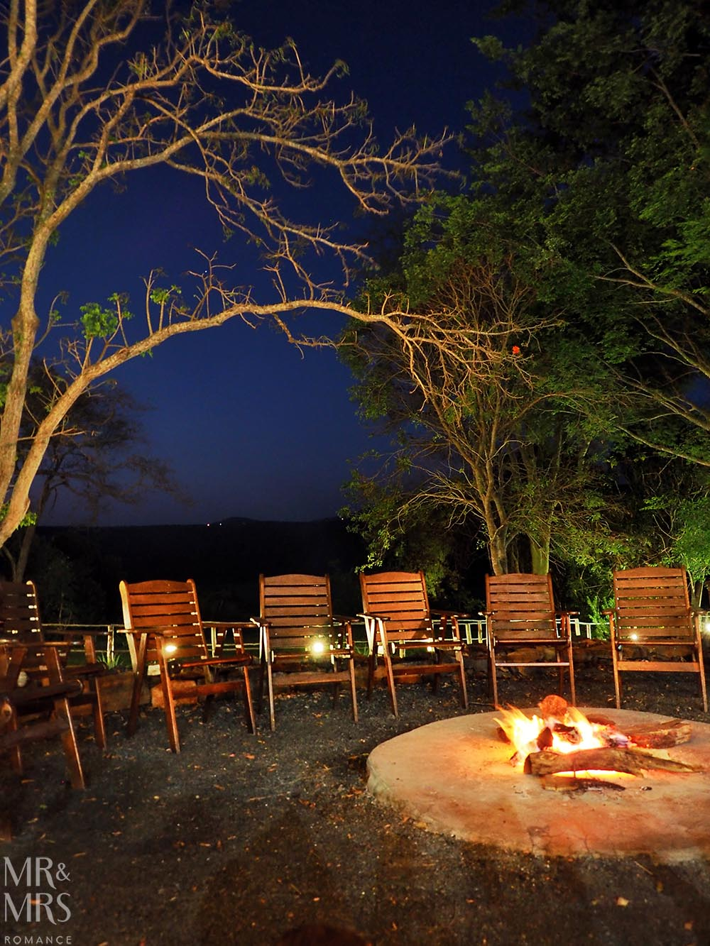 Fugitives' Drift Lodge - firepit
