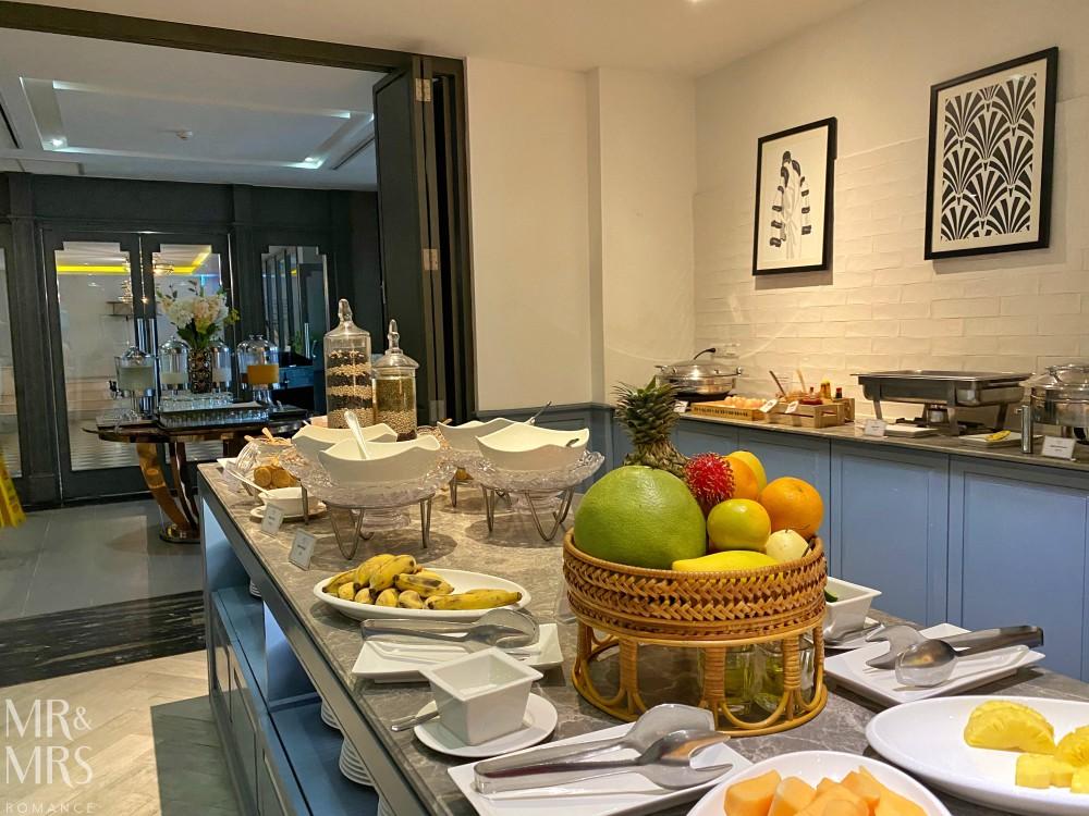 Well Hotel Bangkok, Sukhumvit Soi 20 - breakfast