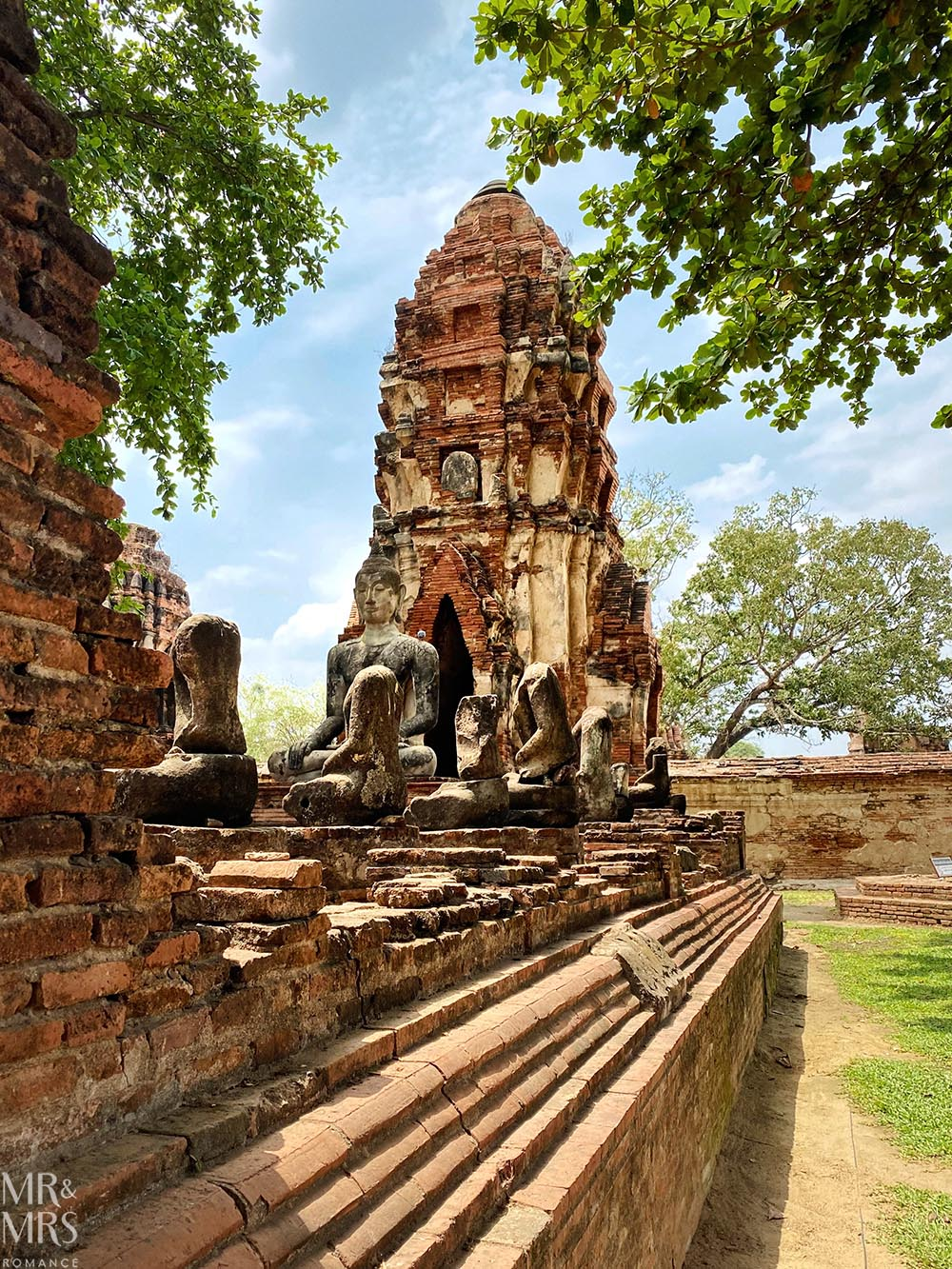 Wat Mahathat - face in the fig tree