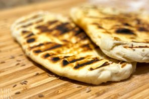 How to make easy 2-ingredient naan bread