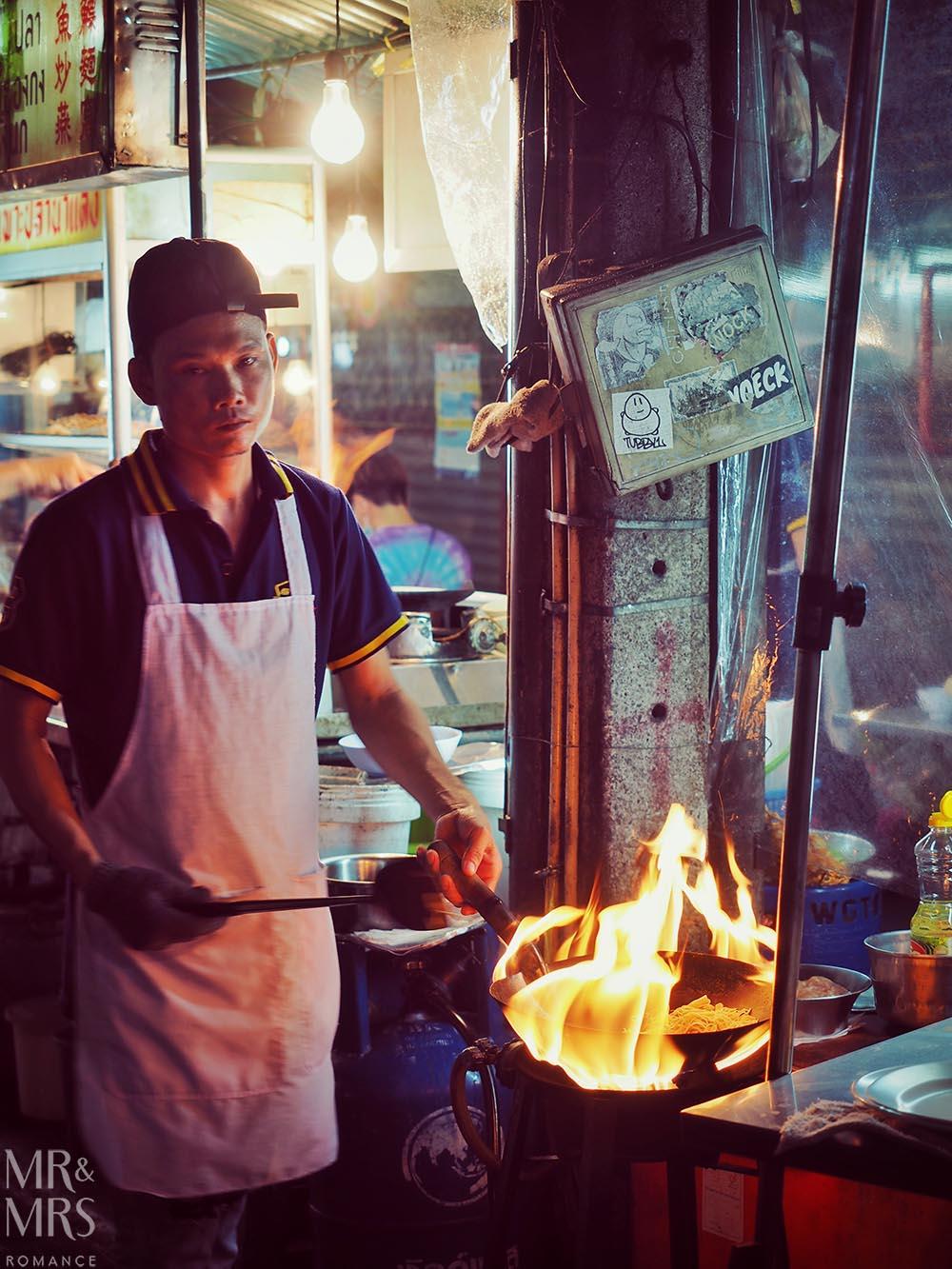 Yoawarat - Bangkok Chinatown - hard life