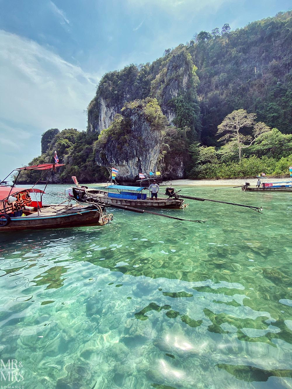 Island-hopping Krabi, Thailand private speedboat
