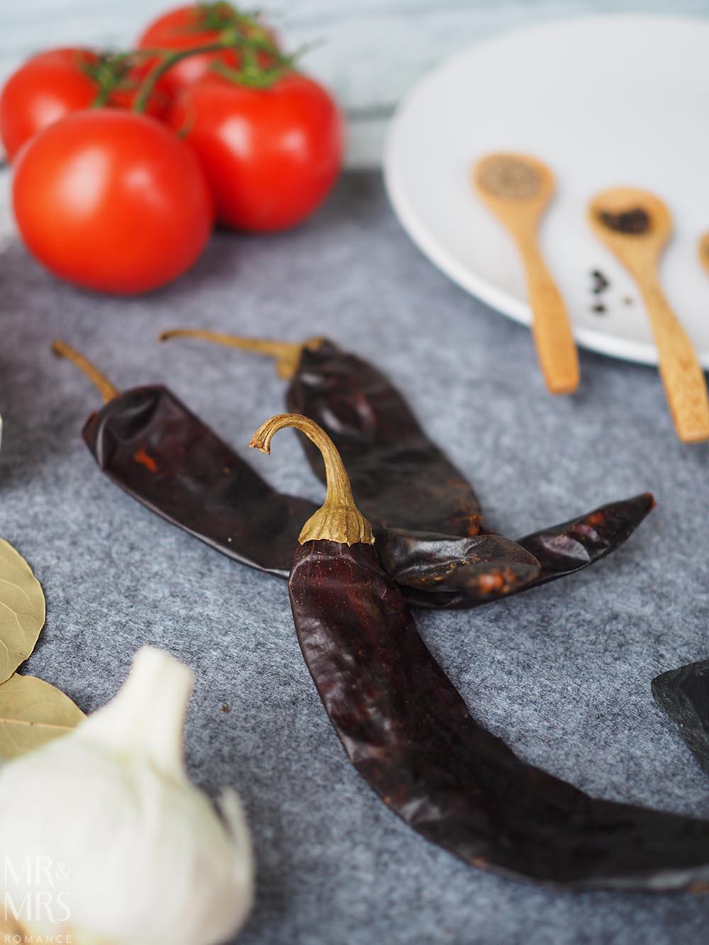 Carne con chilli recipe - Rick Stein Mexican food - guajillo chillies