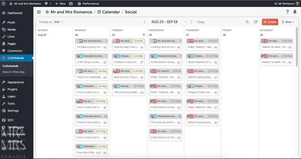Time-saving blogging tips - social media Blogging Calendar by CoSchedule