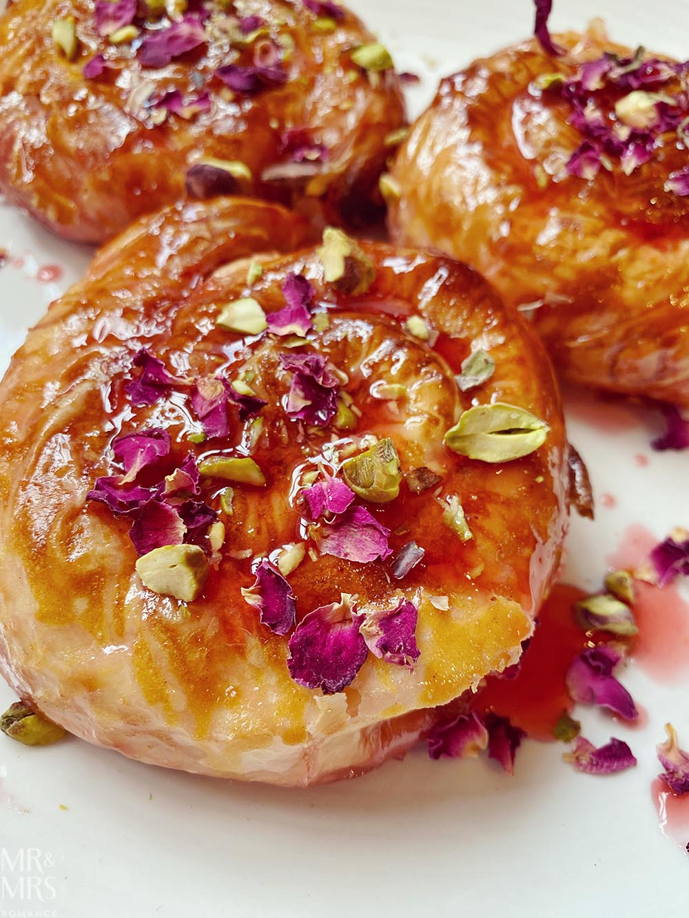 North African pastry recipe - almond mhencha pistachio and rose