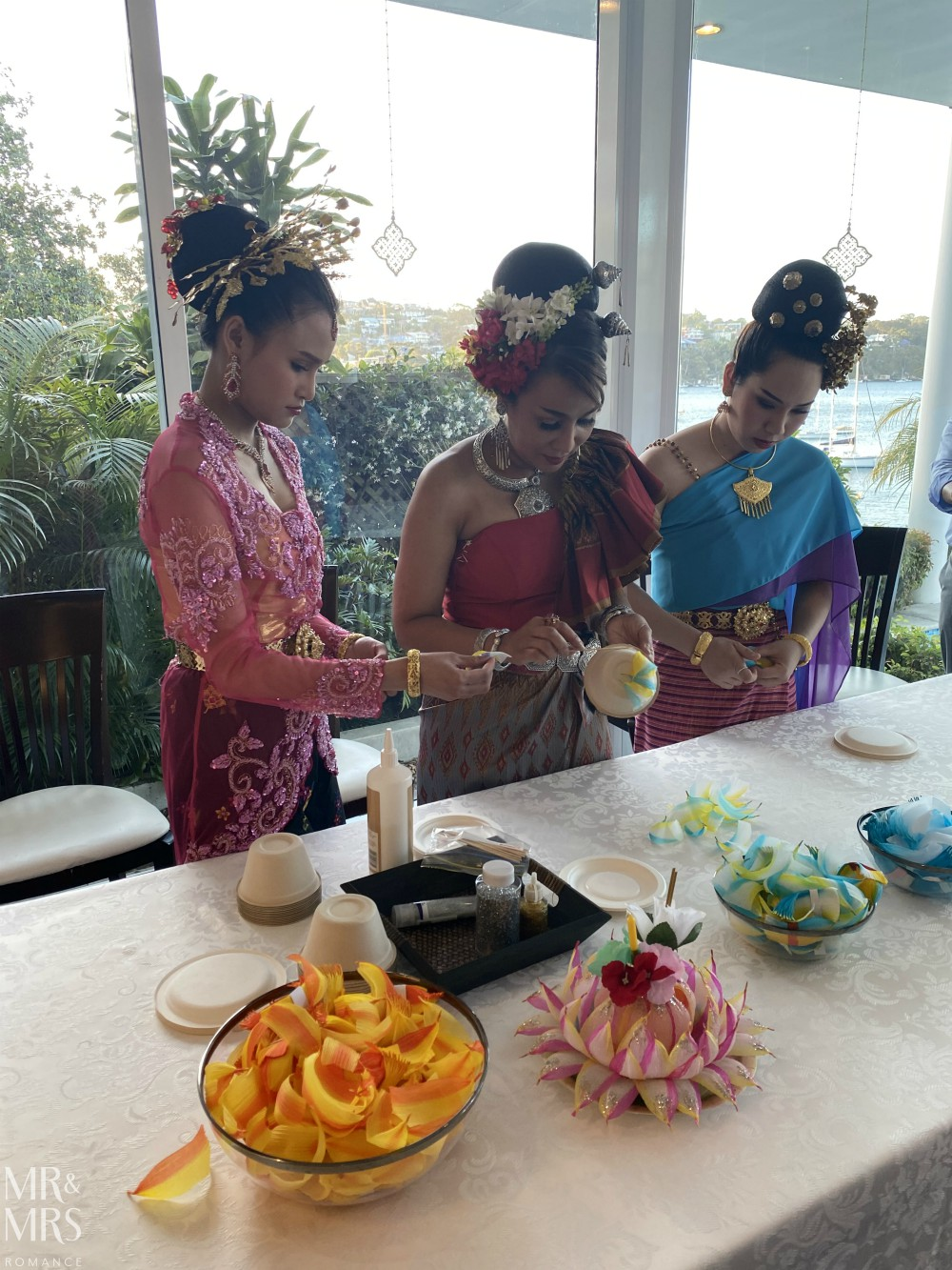 Thai dancers making Loy Kratong at the Consul-General of Thailand