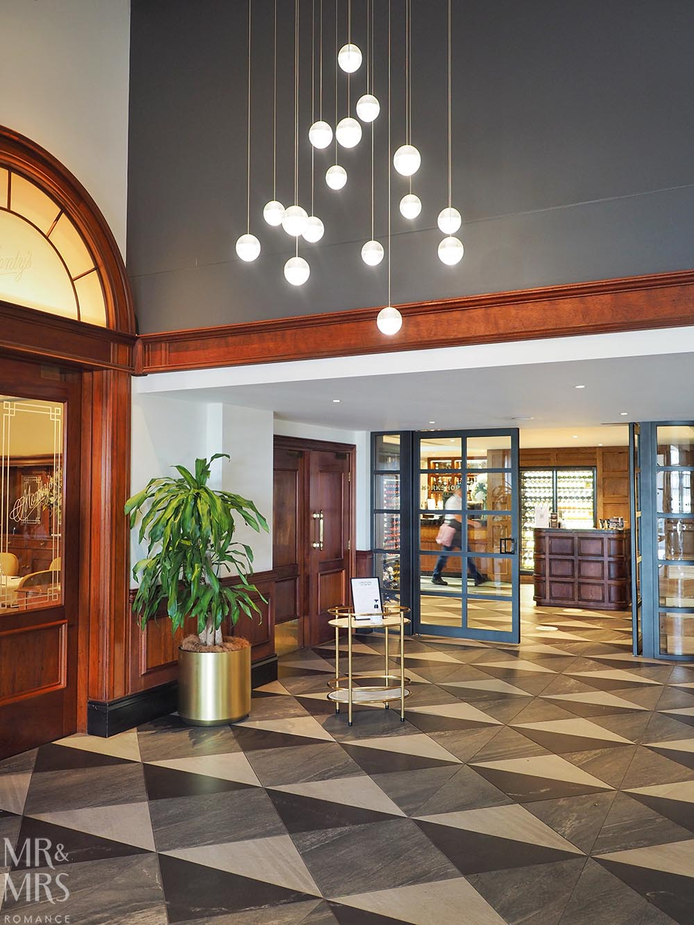 Where to stay in Tamworth NSW - Powerhouse Hotel Tamworth by Rydges - beautiful lobby
